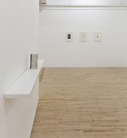 Sophie Jodoin, Untitled (abstract) & Untitled (book), Battat Contemporary, Montréal. Photo Guy L'Heureux
